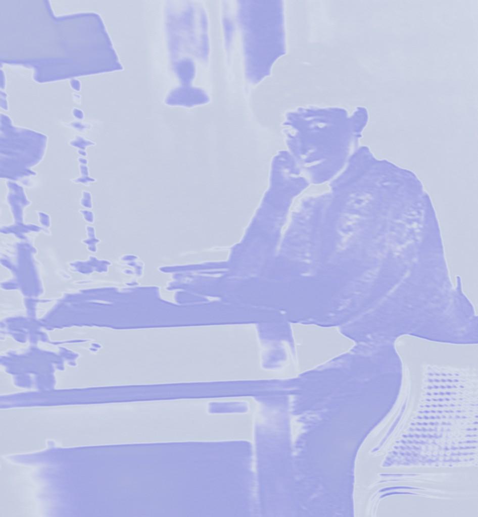 Desk figure
